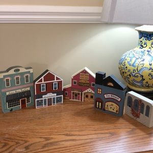 5 wooden store fronts Tea, Feed, gifttables, toy
